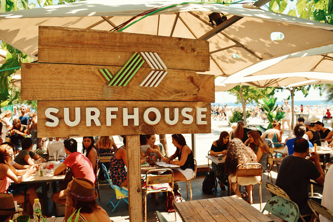 Surf House Barcelona Food Drinks Beach View © CoupleofMen.com