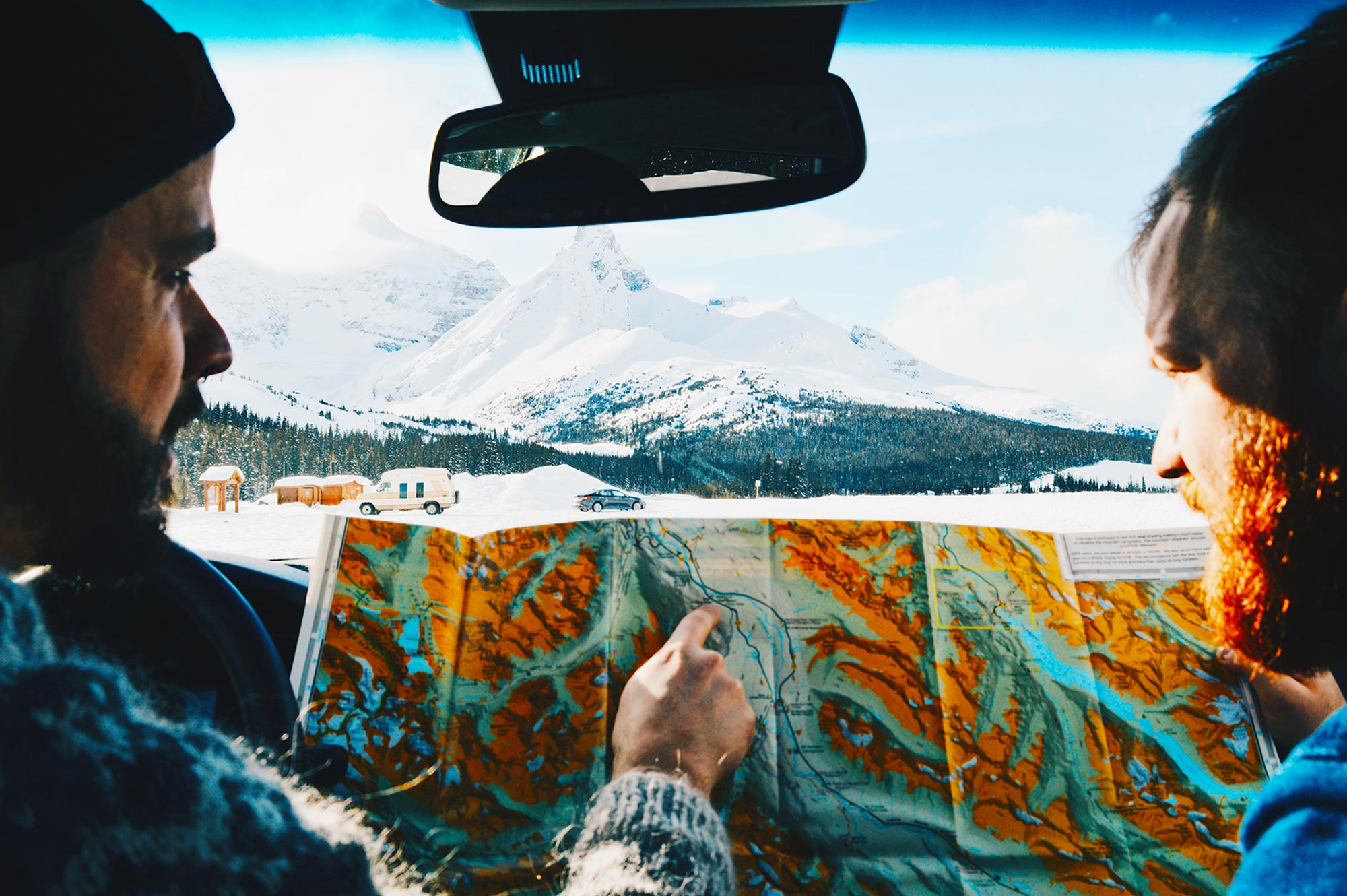 Winter Road Trip Alberta Highlights Kanadische Rocky Mountains Winter Road Trip Alberta Highlights Canadian Rocky Mountains © Coupleofmen.com