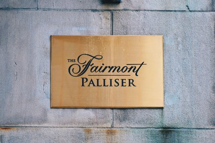 Luxury meets History | Gay-friendly Fairmont Palliser Hotel Downtown Calgary © CoupleofMen.com