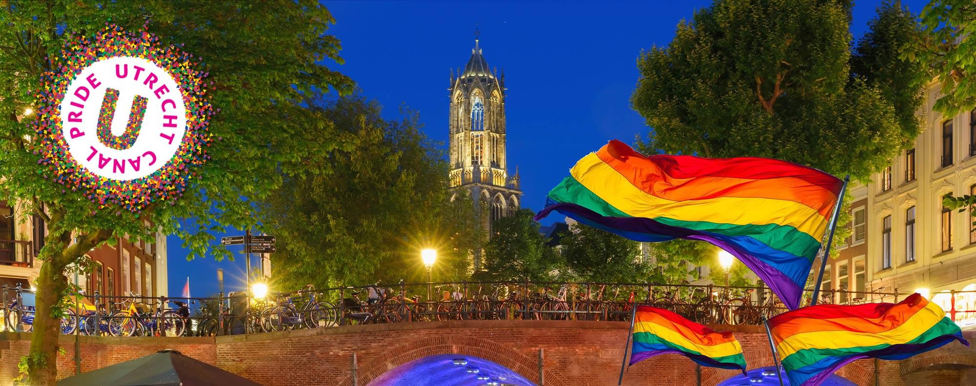First Utrecht Canal Gay Pride 2017 The Netherlands | Coupleofmen.com