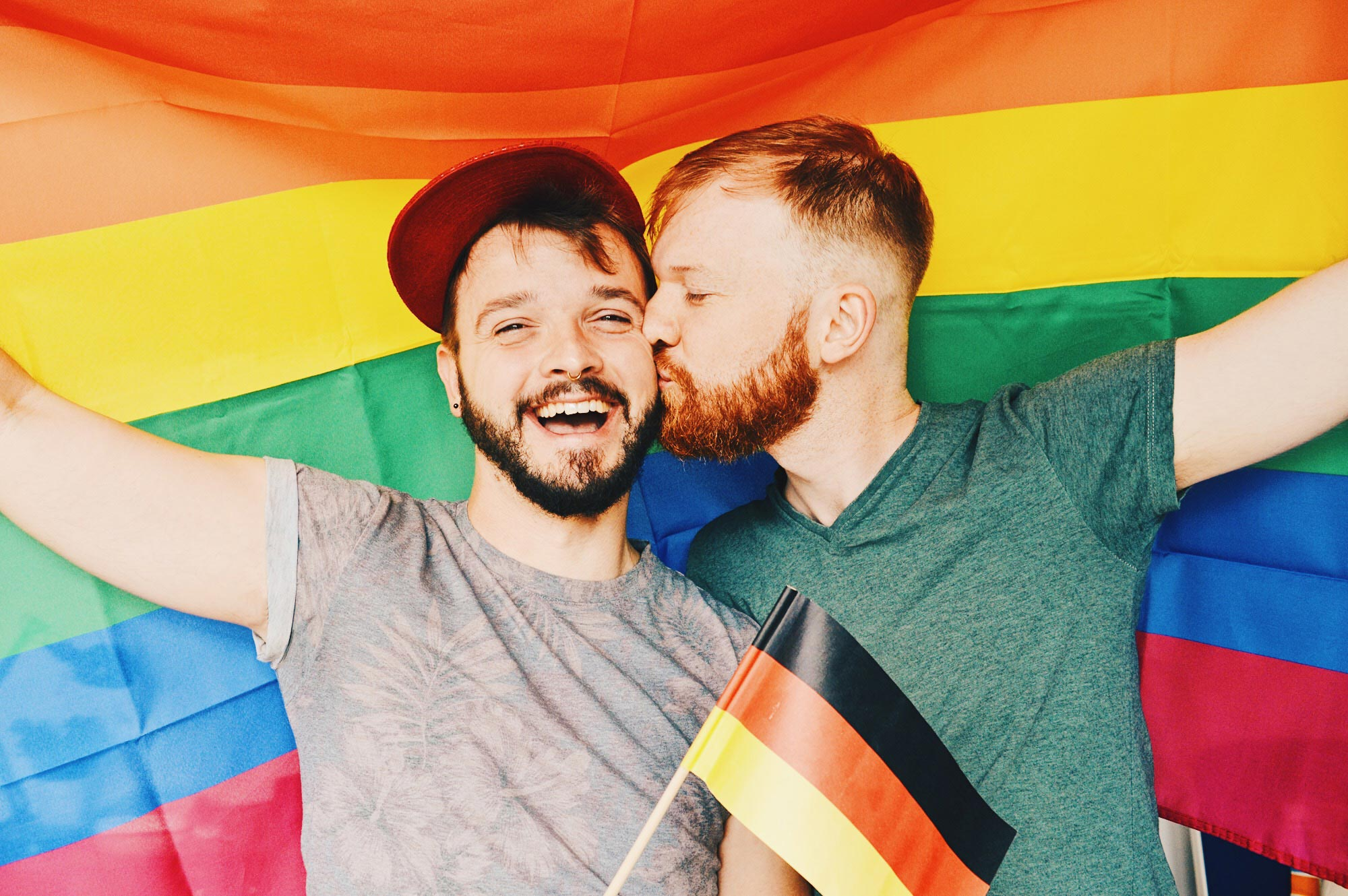 CSD Kalender Deutschland 2018 Gay Pride Calendar Germany 2018 Gay Couple celebrates equality for Germany Same-Sex Marriage © CoupleofMen.com