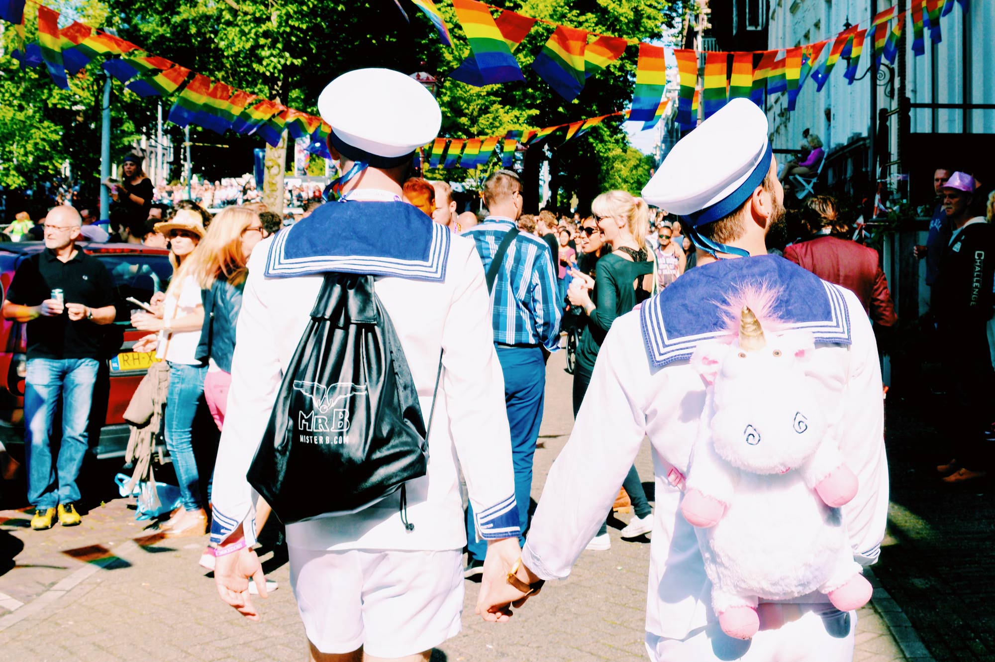Gay Pride Amsterdam Programm Höhepunkte Tipps Amsterdam Canal Gay Pride Program Highlights Tips © CoupleofMen.com