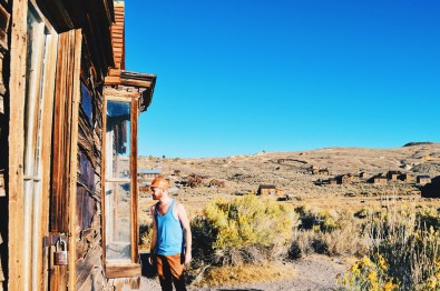 Daan exploring abandoned houses of the Wild West Town | Gay Couple Ghost Town Adventure Bodie California © CoupleofMen.com