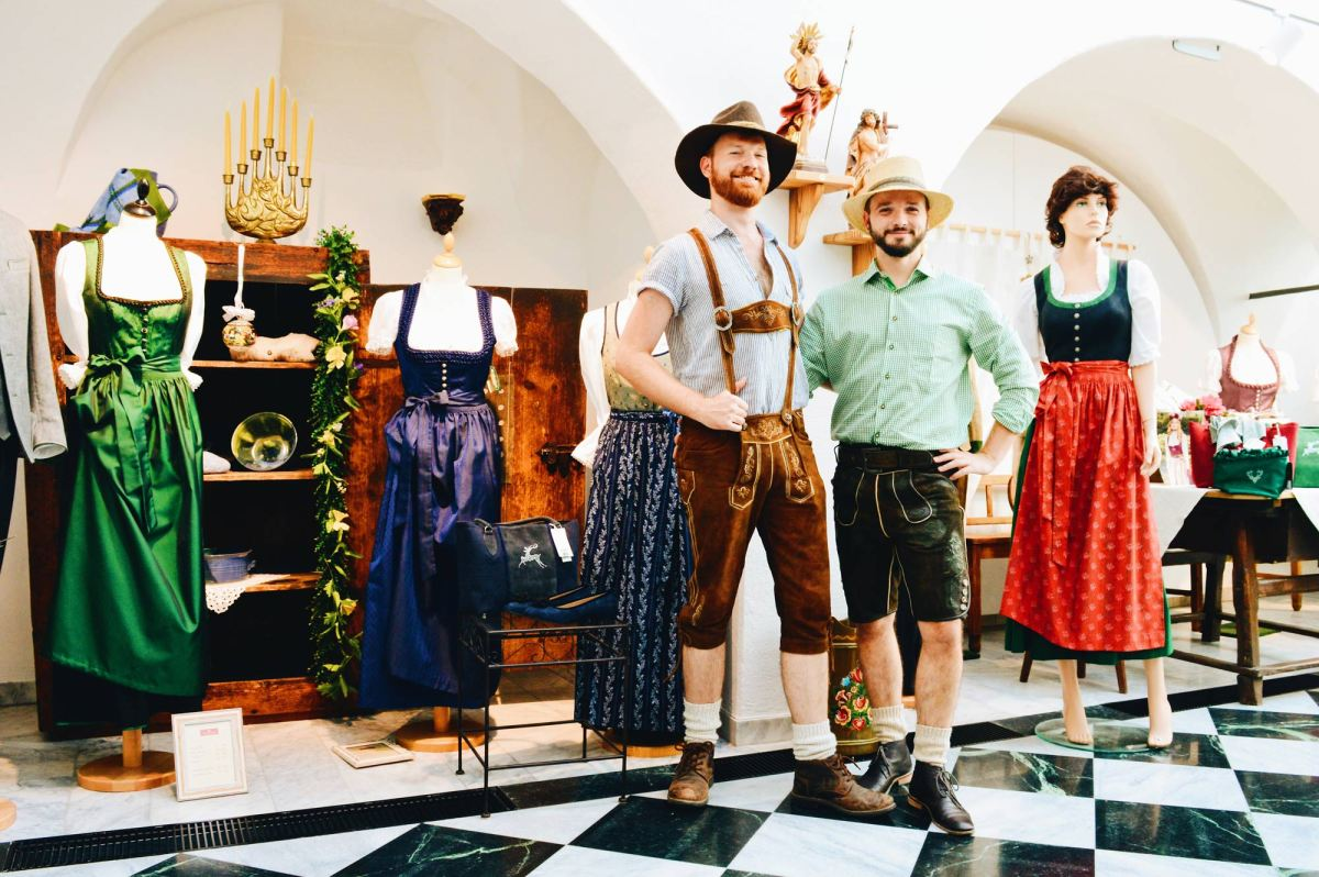"Traditional Austrian Leather Garments | ""Lederhosen"" Tips for your perfect Carinthia Outfit"