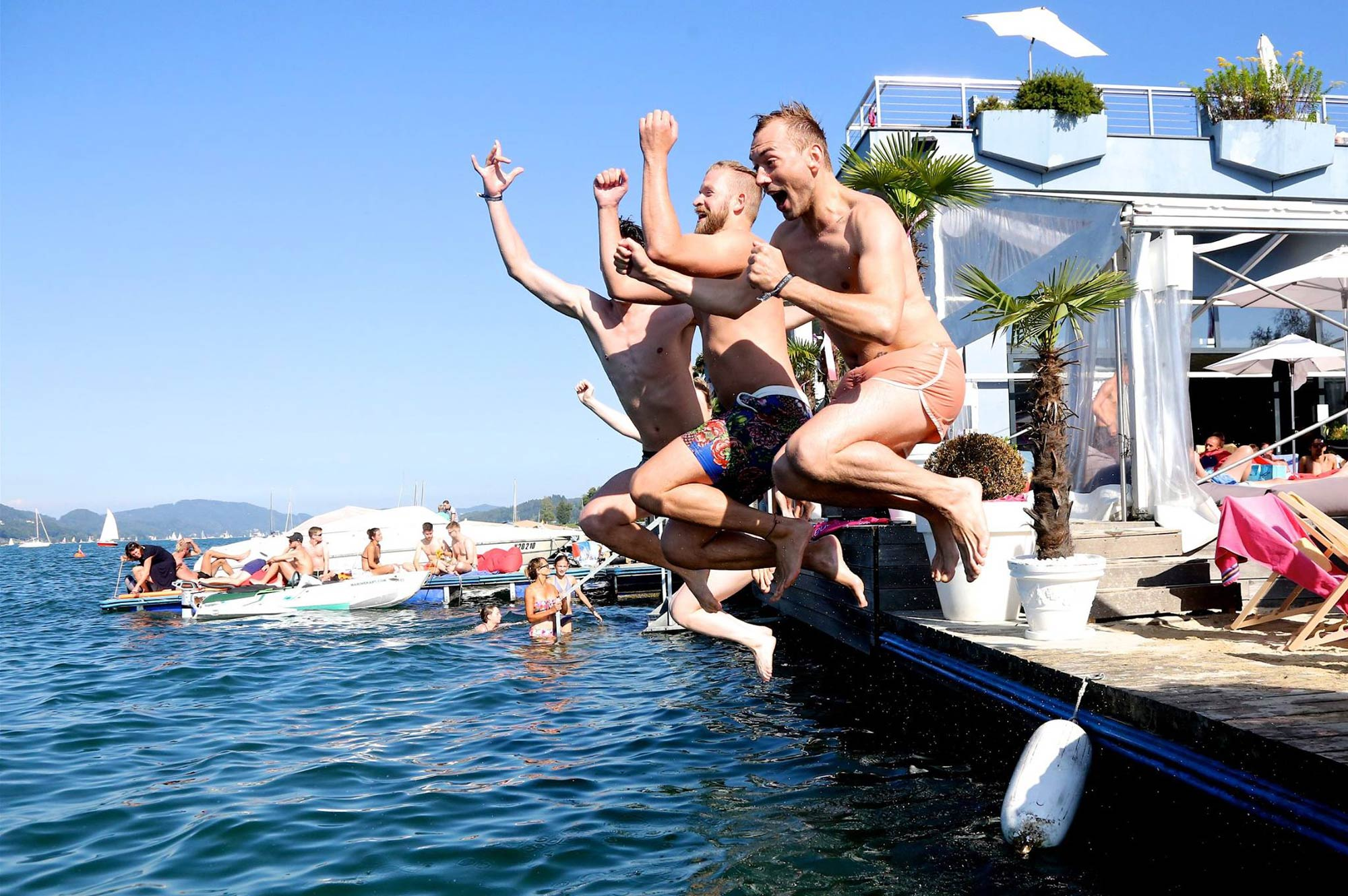 Gay Travel Blogger Pink Lake Festival Austria © Coupleofmen.com