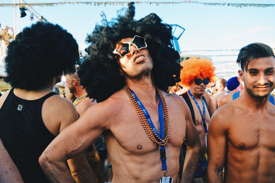Lok at those... Glasses | Disco T-Dance Party The Cruise 2017 © CoupleofMen.com