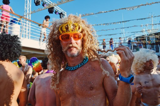 Fake hair or your own? | Disco T-Dance Party The Cruise 2017 © CoupleofMen.com