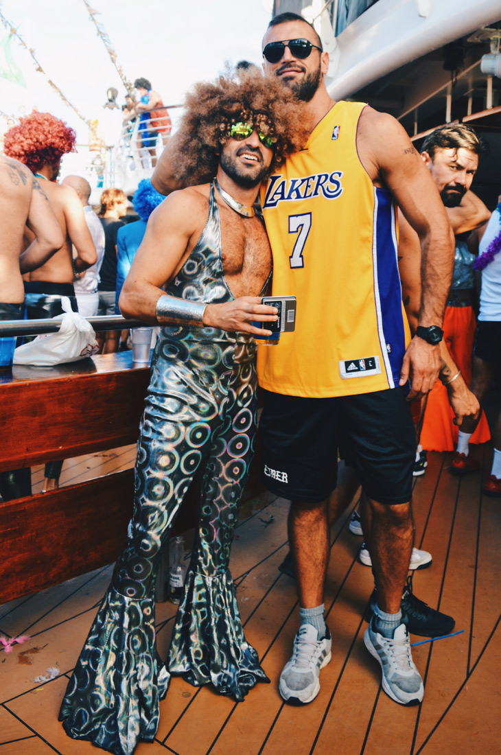 Tall meets taller | Disco T-Dance Party The Cruise 2017 © CoupleofMen.com