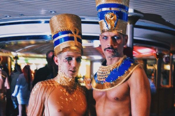 Egyptian kings of the night | Gay Couple Travel Diary The Cruise 2017 © CoupleofMen.com