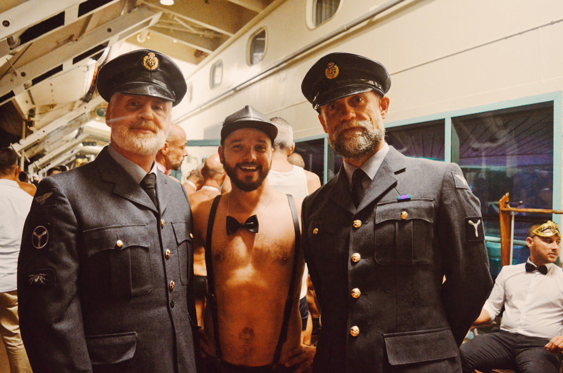 Gala nights with Karl and two captains from London © CoupleofMen.com