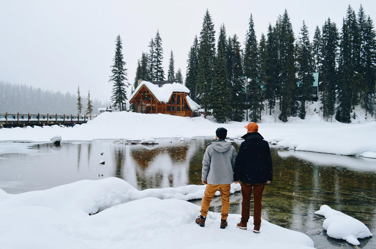 Emerald Lake Lodge: Review of our gay-friendly Stay in Yoho National Park, B.C. | Canada
