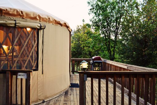 Yurt 17 comes with a terrace and private BBQ © CoupleofMen.com
