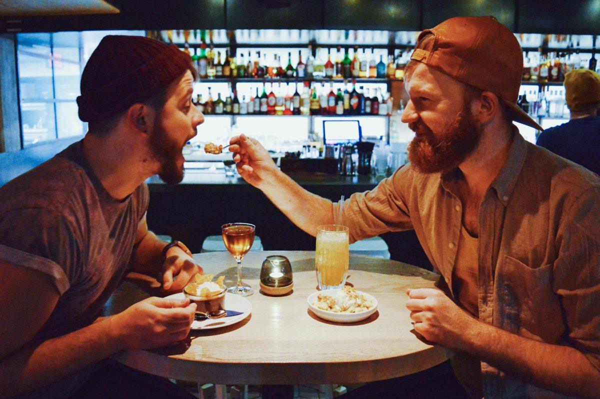 Schwulenfreundliche Restaurants Vancouver Top 10 awesome & gay-friendly Restaurants Vancouver, BC © CoupleofMen.com