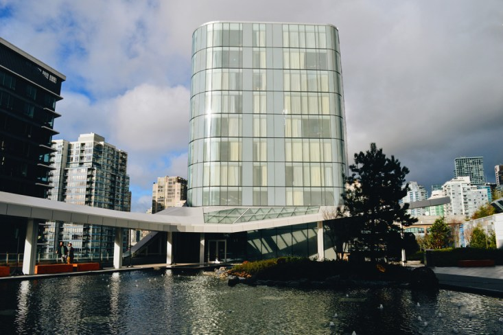 The Douglas Vancouver gay-friendly Hotel by Marriott - An Autograph Collection Hotel © CoupleofMen.com