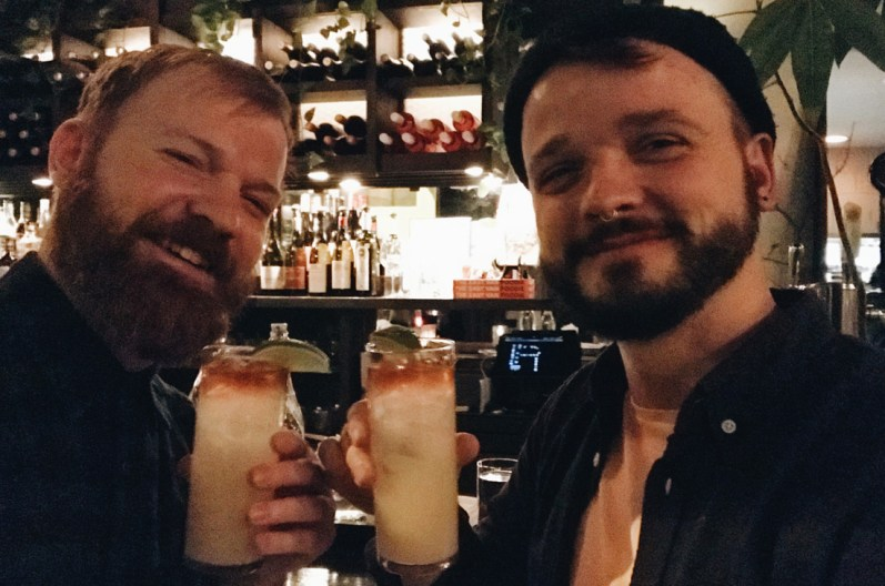10 Best Gay-friendly Restaurants in Vancouver Schwulenfreundliche Restaurants Vancouver Tip: homemade Acorn House Ginger Beer | Gay-friendly Restaurants Vancouver © Coupleofmen.com