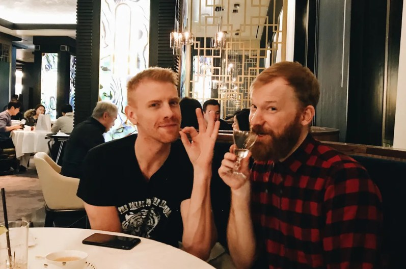 10 Best Gay-friendly Restaurants in Vancouver Schwulenfreundliche Restaurants Vancouver Vegetarian friends: Daniel Newmann and Daan Colijn | Gay-friendly Restaurants Vancouver © Coupleofmen.com