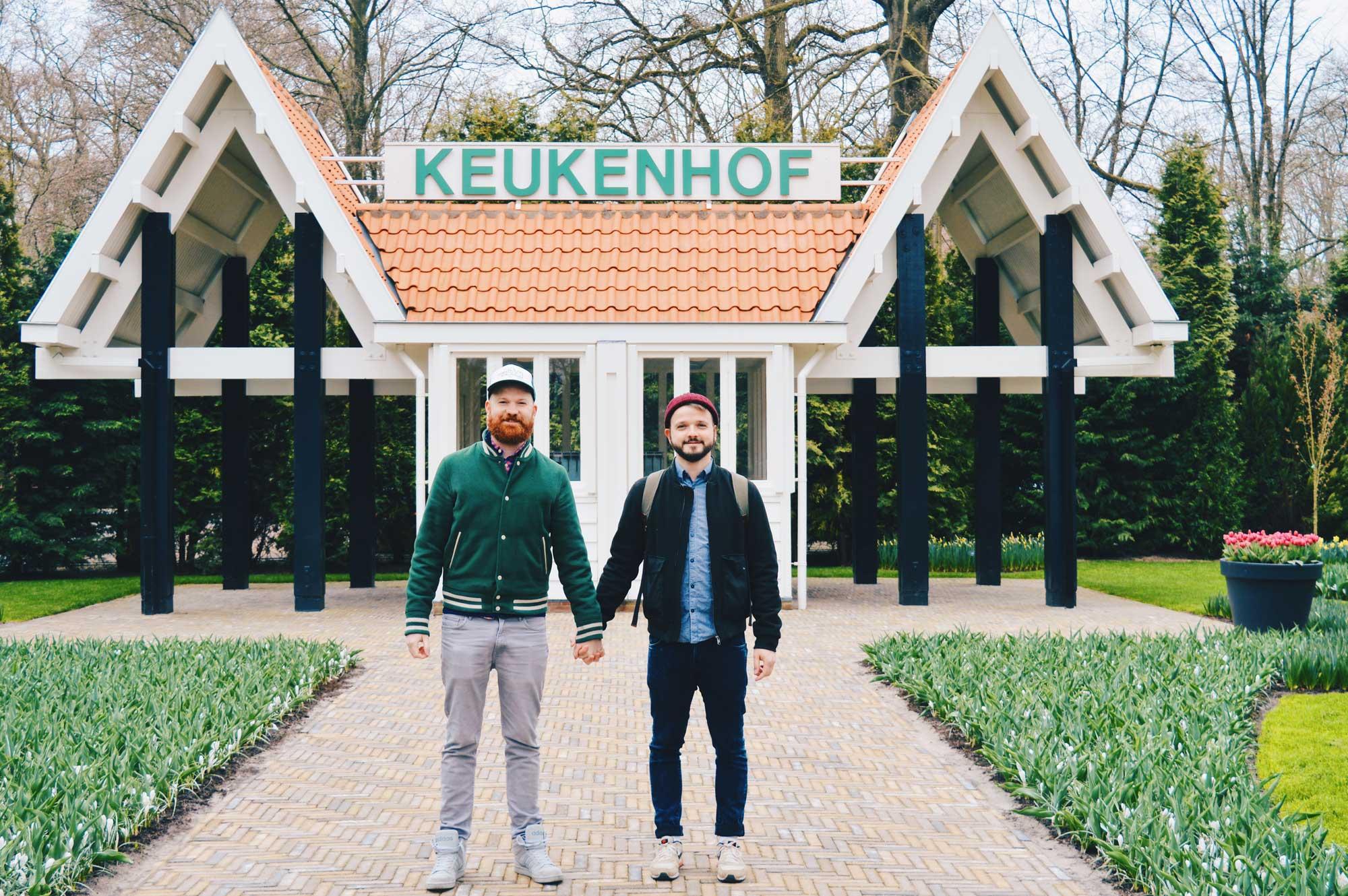 Portrait in front of the old entrance - monument   Keukenhof Tulip Blossom Holland © Coupleofmen.com