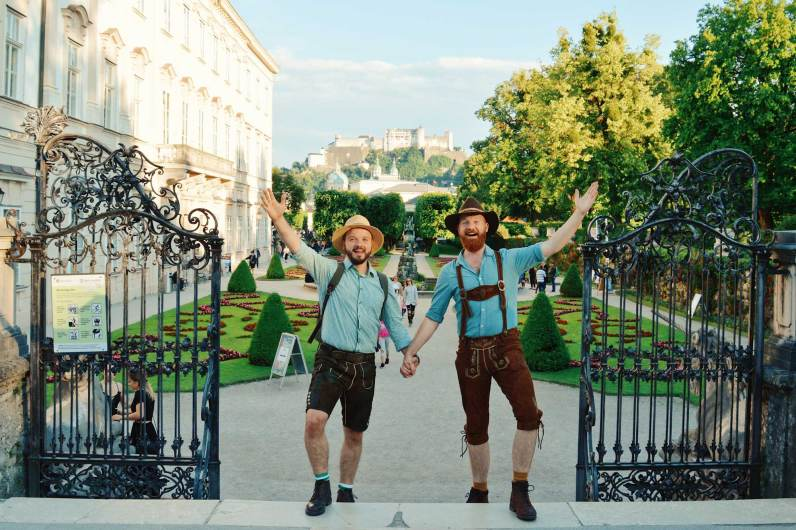 Gay Städtetrip Salzburg LGBT Photo Tour for the Sound of Music | Travel Salzburg Gay Couple City Trip © coupleofmen.com