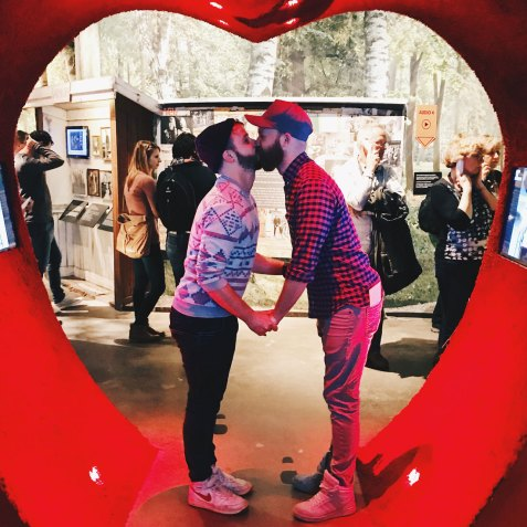 Kiss of Love at ABBA Museum | Gay Travel Tips for EuroPride 2018 Stockholm © Coupleofmen.com