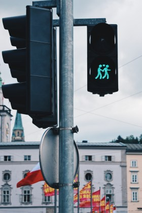 Gay Städtetrip Salzburg Same-Sex traffic lights in Salzburg supporting the LGBT community | Travel Salzburg Gay Couple City Trip © coupleofmen.com