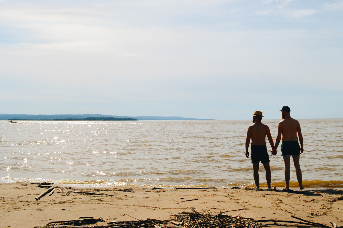 Taking a cooling dip in the the refreshing water of Lesser Slave Lake | Road Trip Edmonton Northern Alberta © Coupleofmen.com