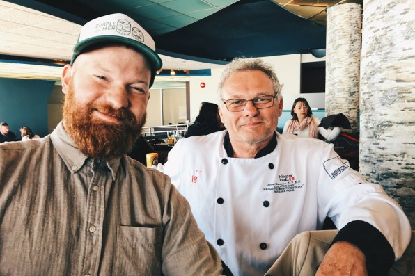 Meeting Dutch people around the world: Daan and Chef Elbert Wiersema at Elements on the Falls Restaurant | Must Do's Niagara Falls Canada © Coupleofmen.com