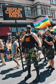 Berlin Cigar Men participating the pride demonstration | CSD Berlin Gay Pride 2018 © Coupleofmen.com