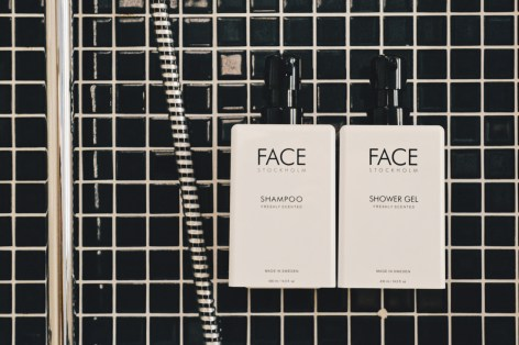 Complimentary organic bath products from Face Stockholm | Scandic Berlin Kurfürstendamm gay-friendly Hotel © Coupleofmen.com