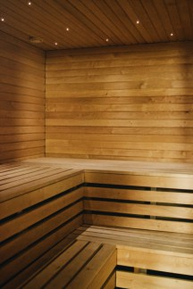 Finnish Sauna experience in the hotel basement | Katajanokka Hotel Helsinki Gay-friendly Review © Coupleofmen.com