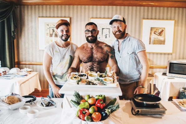 Making some lunch snacks at The Bear-Naked Chef's cooking class | Gay Cruise by Open Sea Cruises x Axel © Coupleofmen.com