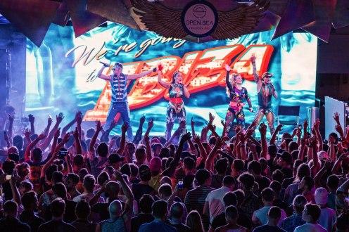 Literally going to Ibiza with the Vengaboys | Gay Cruise by Open Sea Cruises x Axel © Coupleofmen.com