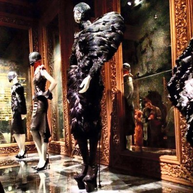 One of our favorite Outfits by Alexander McQueen | Kurztrip London Tipps Tricks © Coupleofmen.com