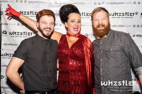 Whistler Pride Gay Skiwoche Photo Fuuuuuun with Pam Ann at Comedy night of Whistler Pride and Ski Festival 2019 © Coupleofmen.com