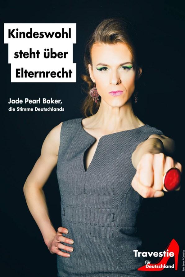 Campaign fights Homo Cure Protest-Plakat-Aktion gegen Homo-Heilung der Travestie für Deutschland © Steven P. Carnarius
