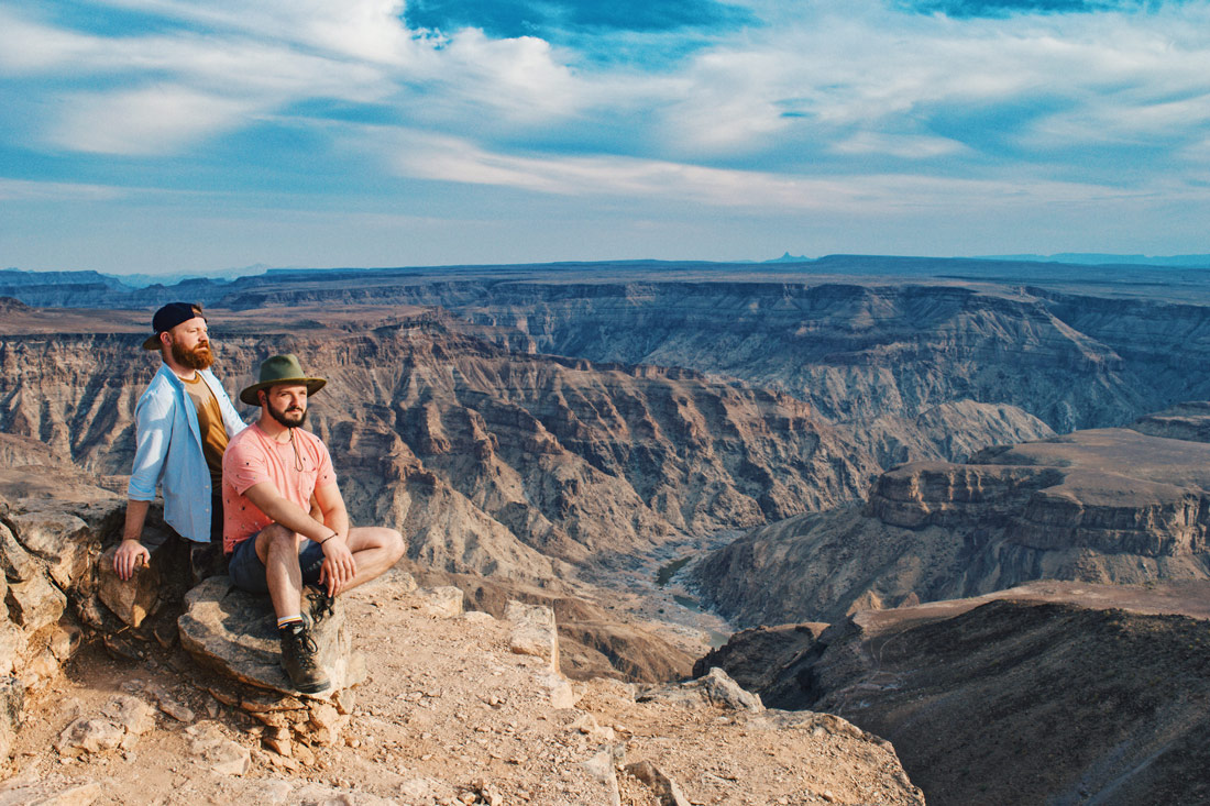 Zugreise Afrika After visiting the Grand Canyon in the USA, we are still very impressed of the size of the Fish River Canyon! © Coupleofmen.com