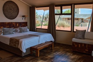 After a day in nature, we slept heavenly great in our private cabin at Sossusvlei Lodge © Coupleofmen.com