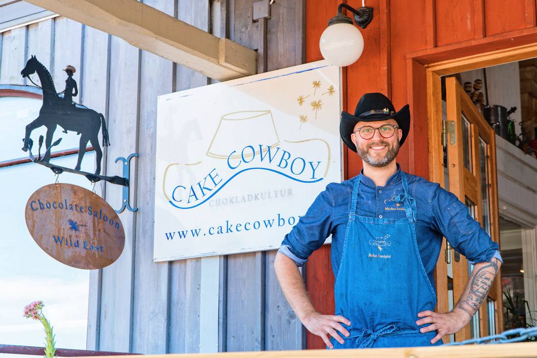 Meet Markus Lundqvist, the Cake Cowboy from Kivik © Coupleofmen.com