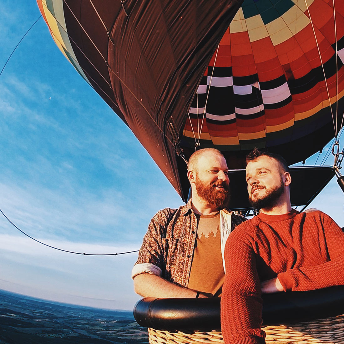 Gay Galena LGBT Getaway Illinois Galena Illinois Road Trip Galena Gay Getaway Illinois Happy Couple - Riding a Balloon from Galena on the Fly for sunrise in Galena, Illinois © Coupleofmen.com