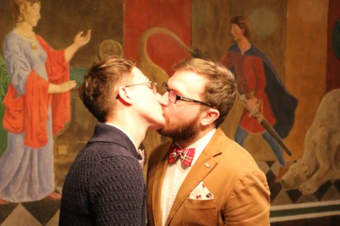 Same-Sex Marriage in Russia Homo-Ehe in Russland Gay Marriage in Russia A Gay Couple Kiss to seal the deal © Pavel Stotcko & Evgenii Voitsekhovskii
