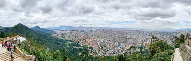 Panorama of Colombia's gay-friendly capital city by Karl & Daan © coupleofmen.com