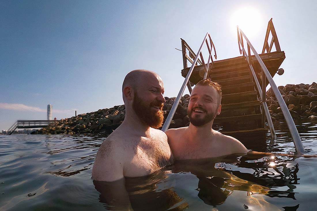 Skinny dipping in the Baltic Sea after a steaming hot sauna © Coupleofmen.com