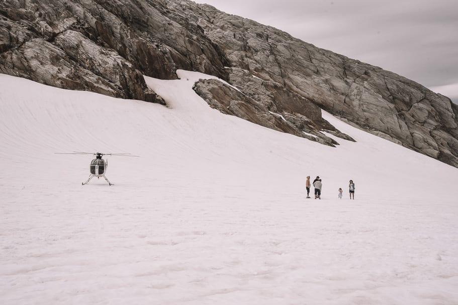 Helicopter-landed-on-white-glacier-franz-josef, Franz-Josef-Glacier-Helicopter-flight, things-to-do-franz-josef, things-to-do-south-island-new-zealand, Franz-Josef-Glacier