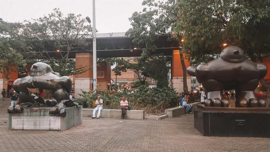 plaza-botero-what-to-do-in-colombia-medellin
