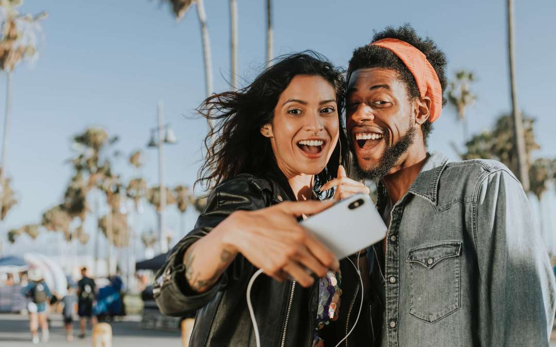 100 + Short Instagram Captions for Selfies