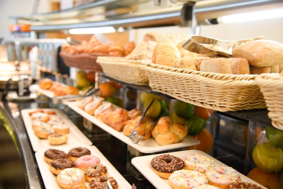 Hilton-Budapest-City-breakfast