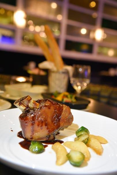 hilton-prague-old-town-dinner-zinc-pork-knuckle