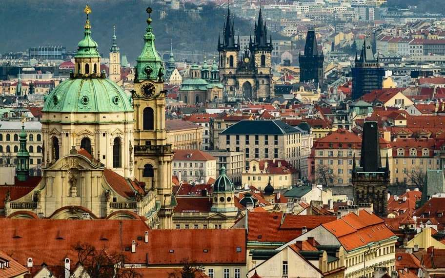28 Quotes to Inspire you to visit Prague (fabulous Instagram captions!)