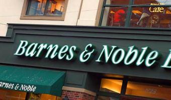 Barnes & Noble: Free Starbucks Coffee + Buy-One-Get-One-Free Smoothies