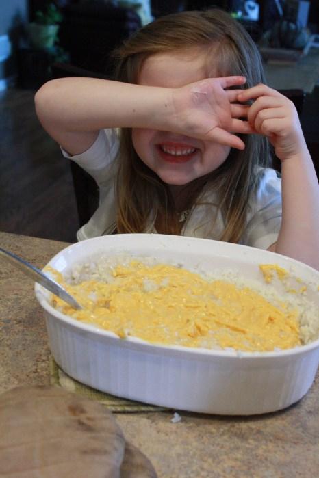 making cheesy rice