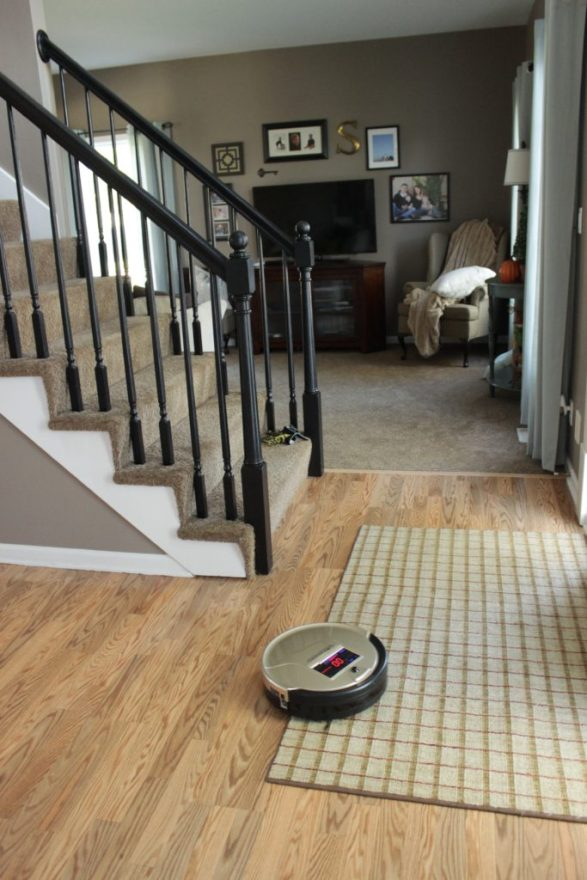 bobsweep-manuevers-rugs-well-ad